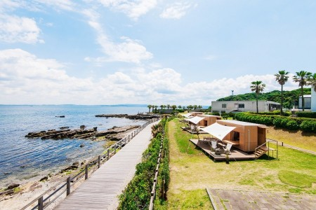 Let's enjoy glamarous camping at the beach of Miura peninsula!