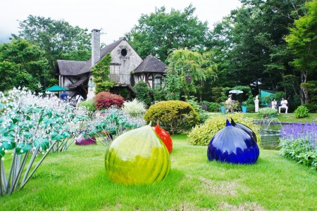 The Hakone Venetian Glass Museum and strolling in Hakone