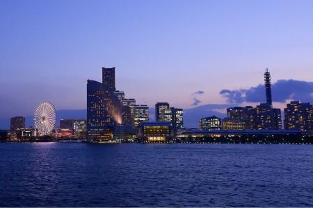 항구 요코하마의 역사와 크루즈