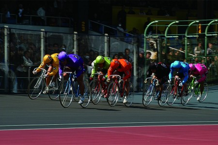 Experience powerful Hiratsuka Keirin (bicycle) nightraces and a night view of Shonandaira