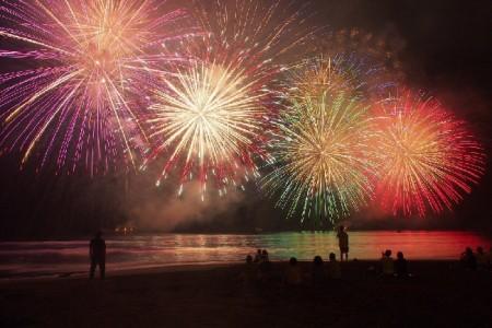바다와 불꽃놀이! 유카와라에서 만끽하는 일본의 여름