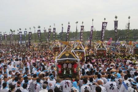 เทศกาลฮะมะโอะริแห่งชายหาดจิงะสะกิ