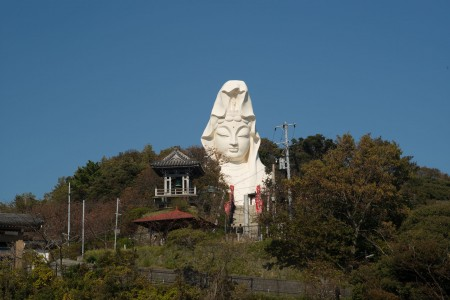Visit the Ofuna Kannon, explore the statue's interior, and venture into the wondrous adjoining cavern