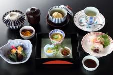[1]Pergola(French) [2]Wa Minamoto(Japanese) Kamakura Park Hotel
