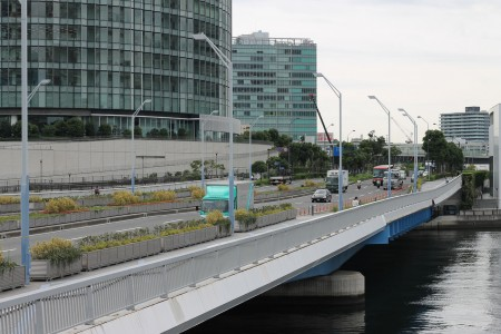 Minatomirai Bridge