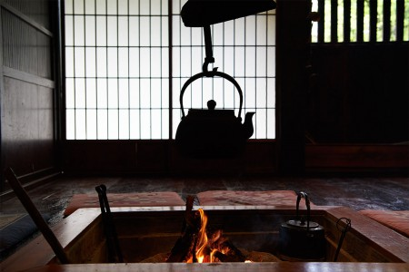 Enjoy Japanese food in a brewery and old town house