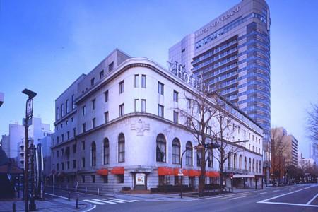 Khách sạn New Grand