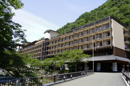 โรงแรมเท็นเซเอ็น
