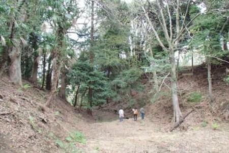 Hào khô lớn của Komine Goshouno-dai