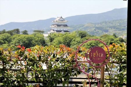 LUSCA小田原(从车站大厦的顶层观赏到的小田原城的景色)