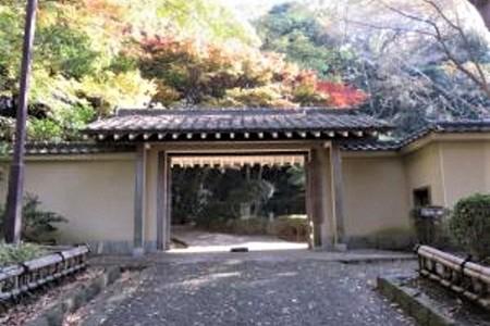 旧三井別邸地区