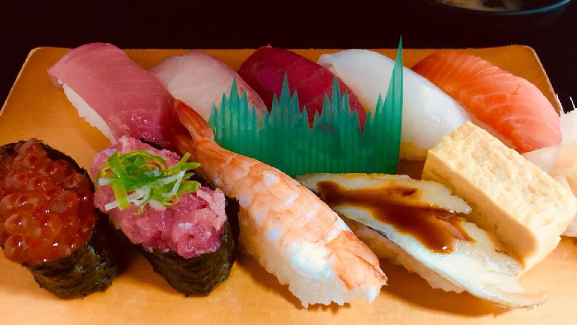 우오가시 식당 하마쿠라 (요코하마 수산시장)