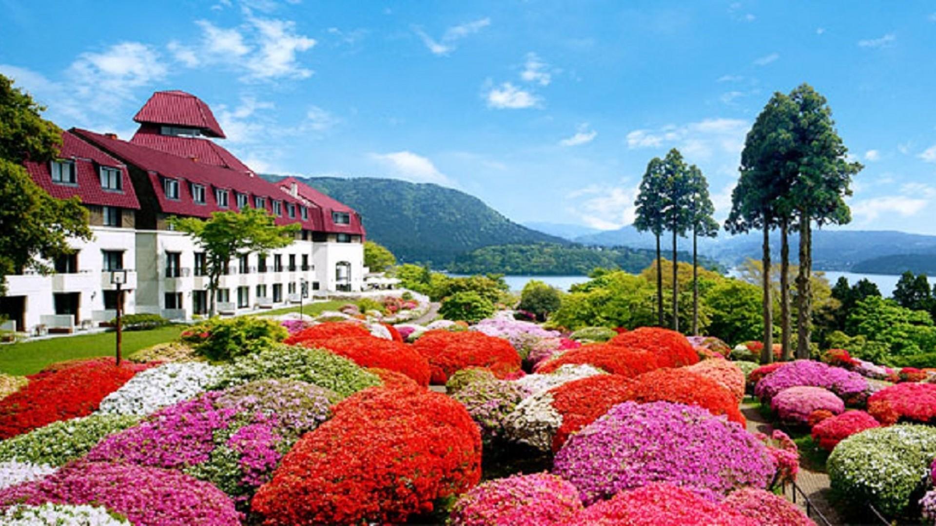 山のホテル