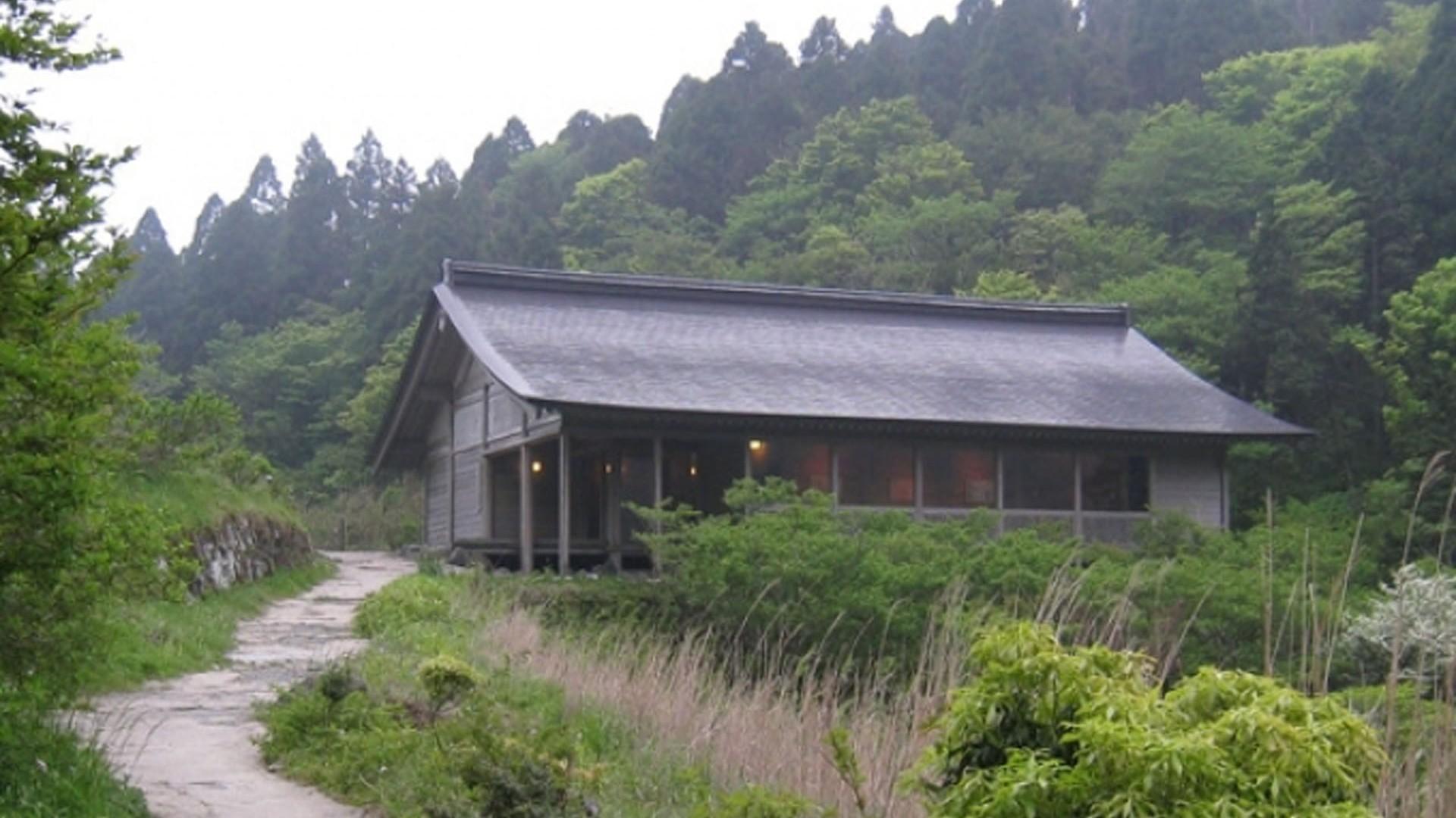 พระพุทธรูปหินและพิพิธภัณฑ์ประวัติศาสตร์