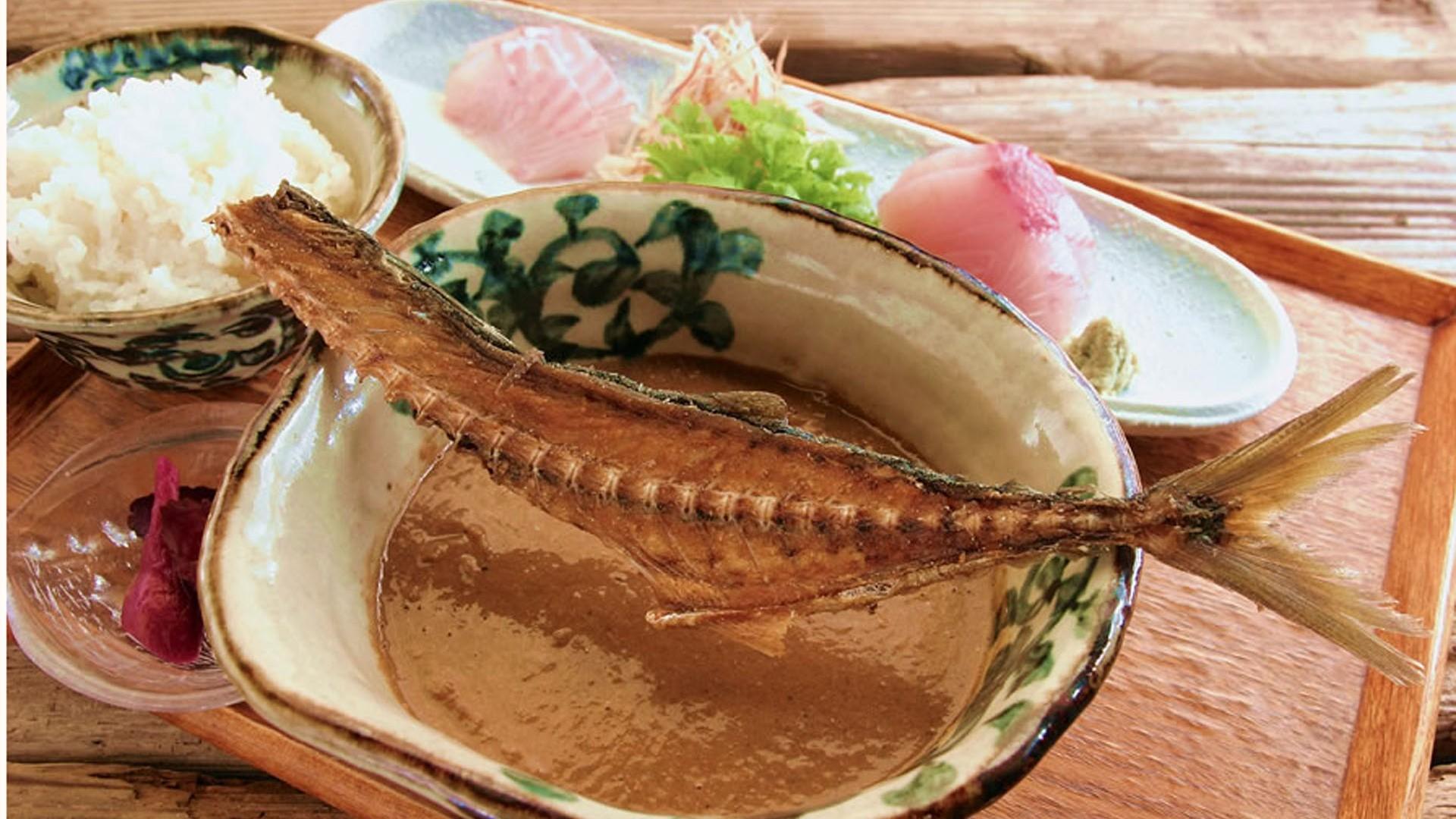 Enoshima Koya (Fischküche in der Hütte)
