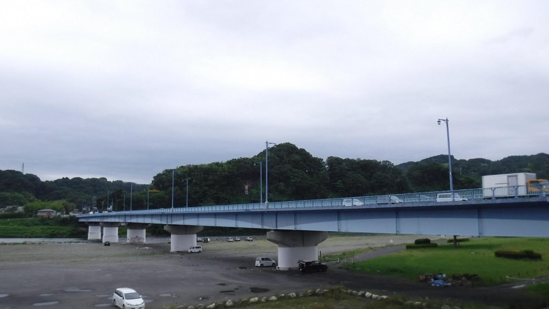 Cầu Takada