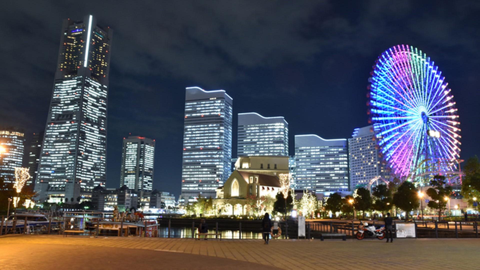 万国橋倉庫前の横浜夜景