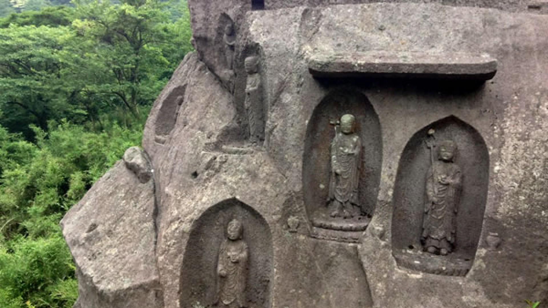 25 菩萨像