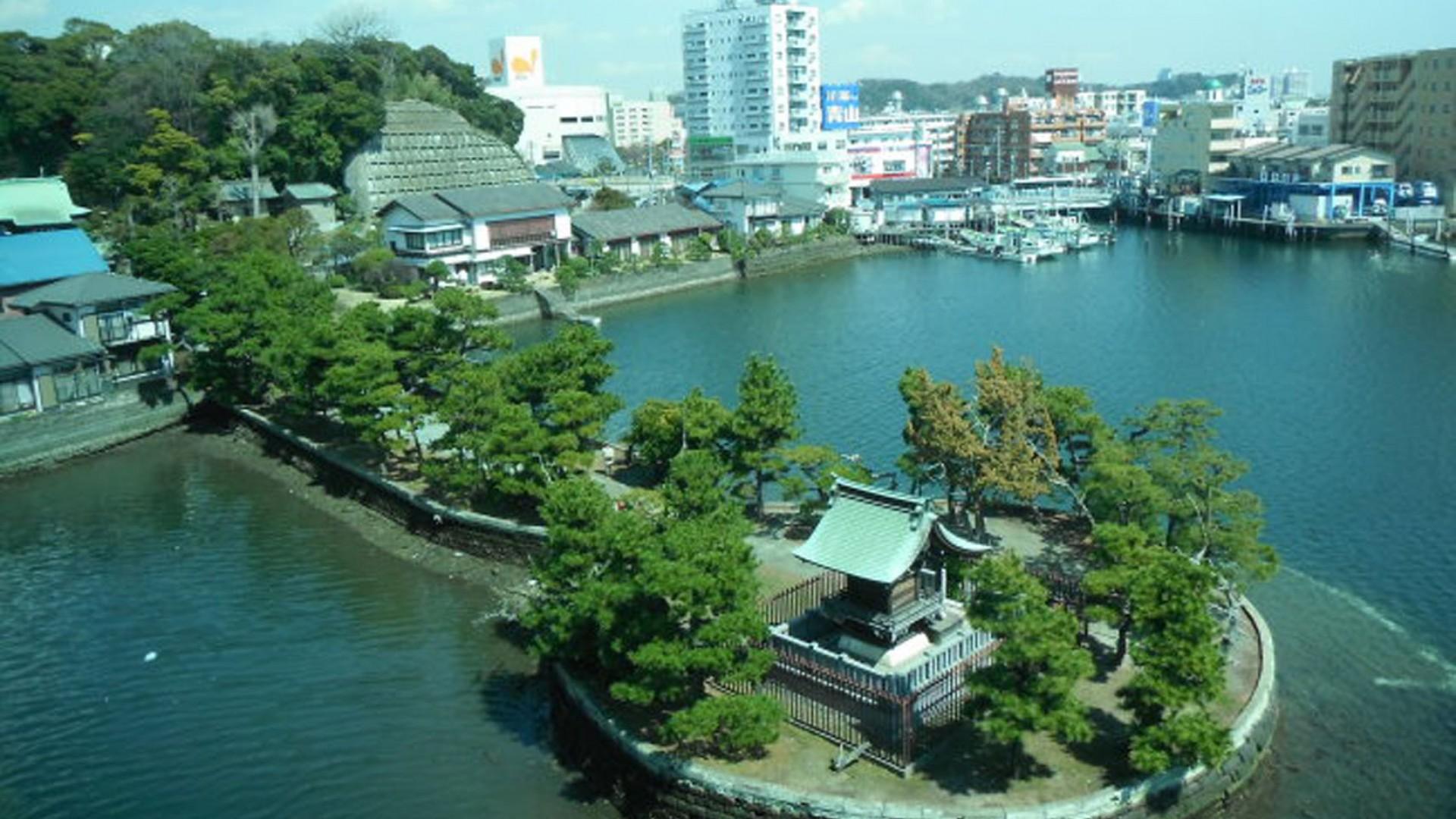 Đền Biwajima