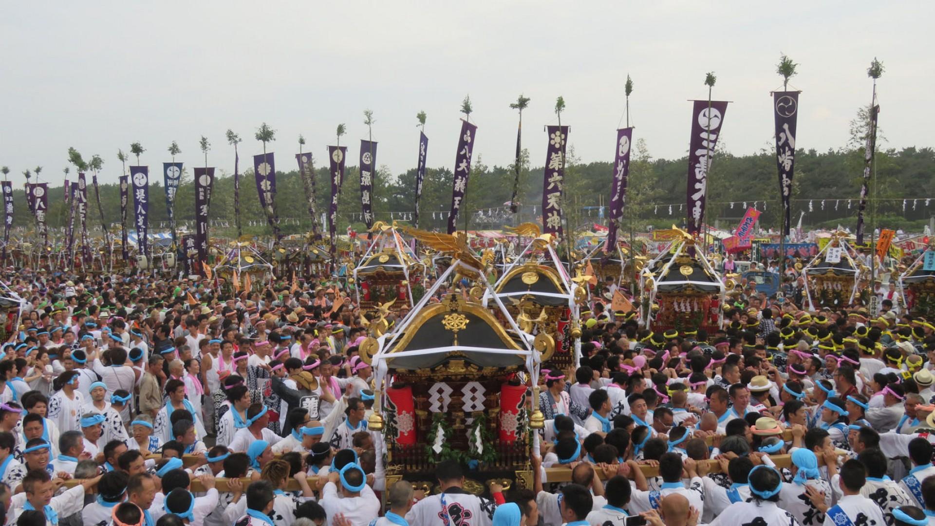 茅ヶ崎海岸浜降祭