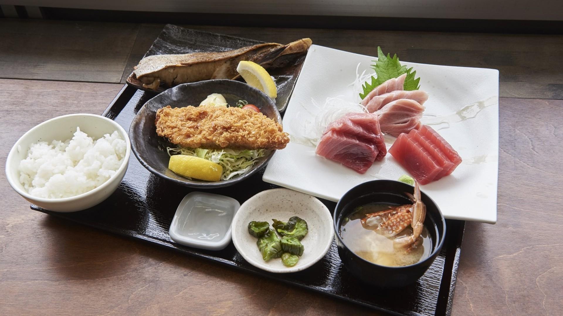 三崎鱼市场食堂