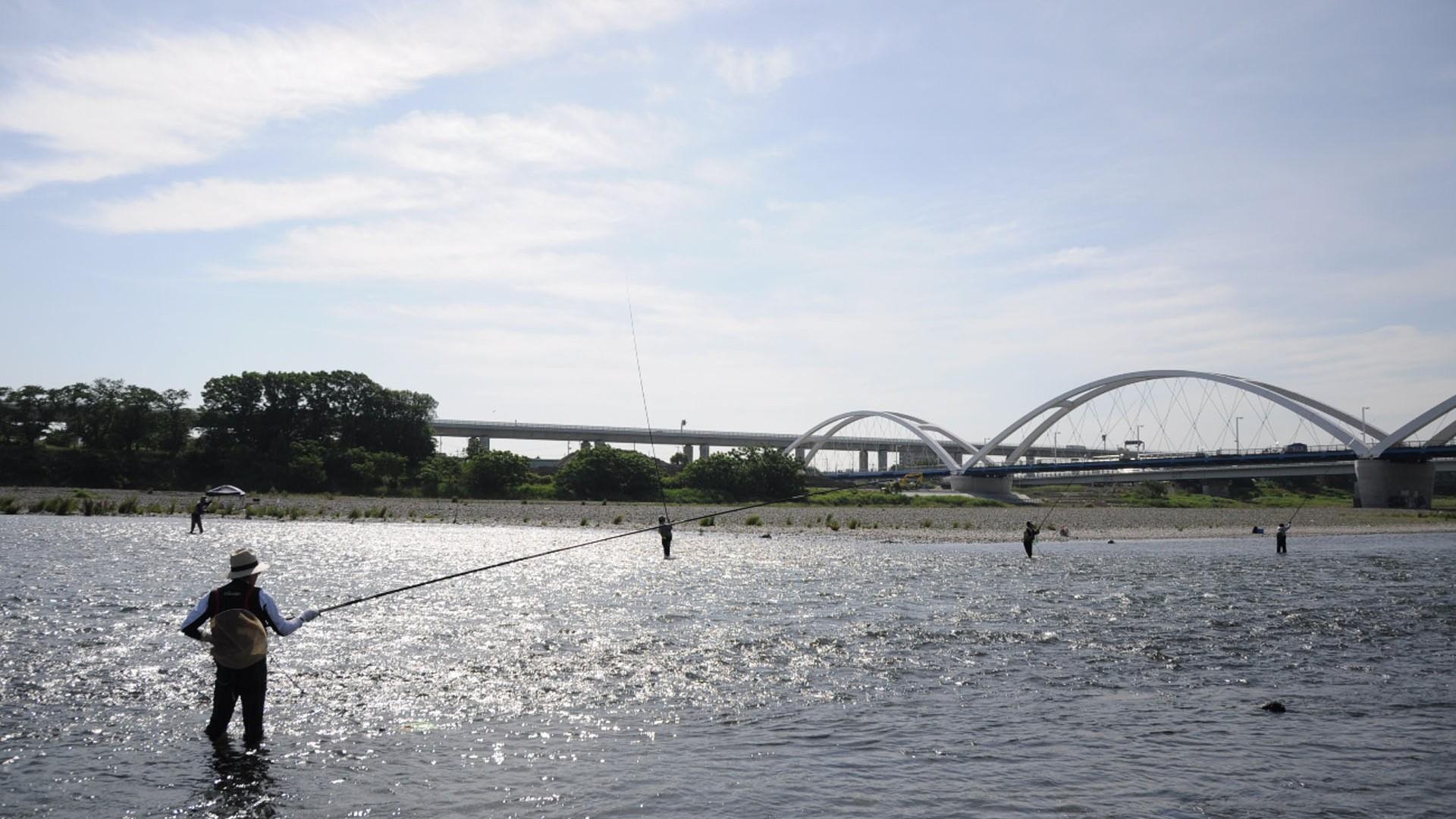 Au bord de la rivière  (Rivière de la ville d'Atsugi)