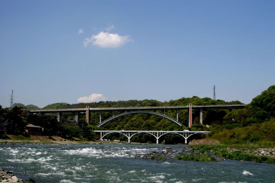 Cầu Ogura và ngắm nhìn dòng chảy của sông Sagami - 1