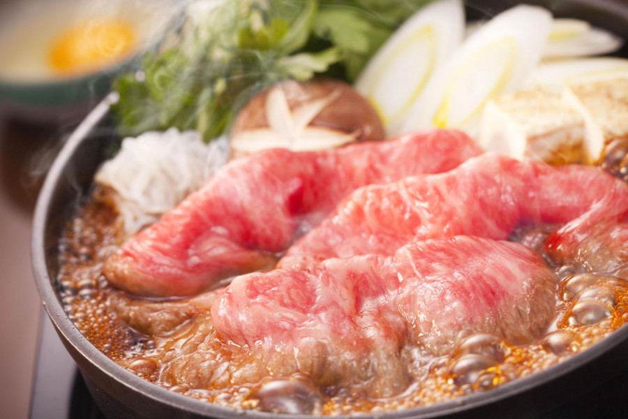 Nhà hàng Gyu-nabe (lẩu bò) Araiya Bankokubashi