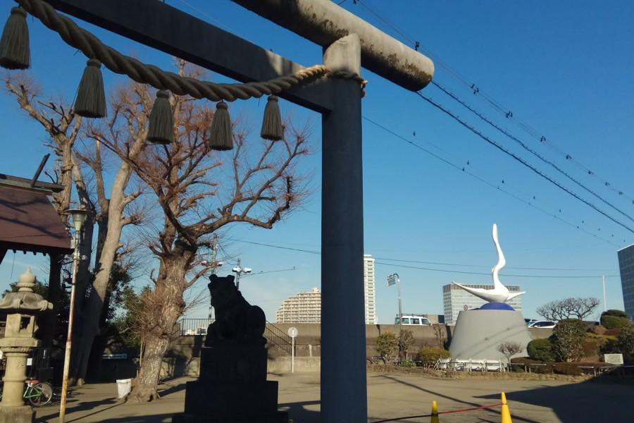 Okamoto Kanoko Statue (Mother of Okamoto Taro) - 2