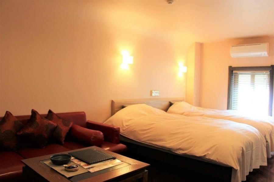 Hotel Laguna - 1