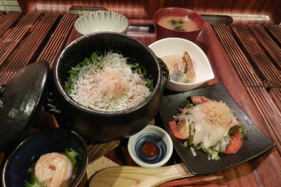 Kamakura Donabe gohankaedena - 2