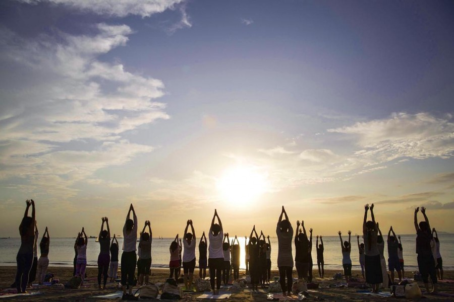 Shonan Beach Yoga Week in Hayama