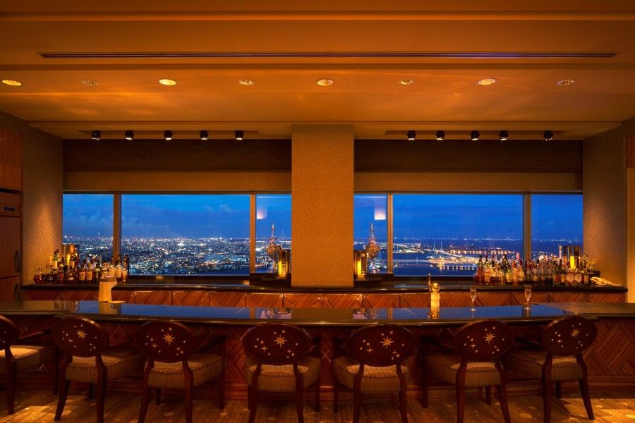 スカイラウンジ「シリウス」(横浜ロイヤルパークホテル70階) - 2