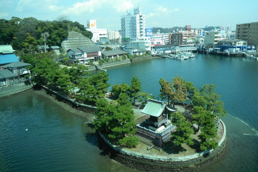 Biwajima Shrine