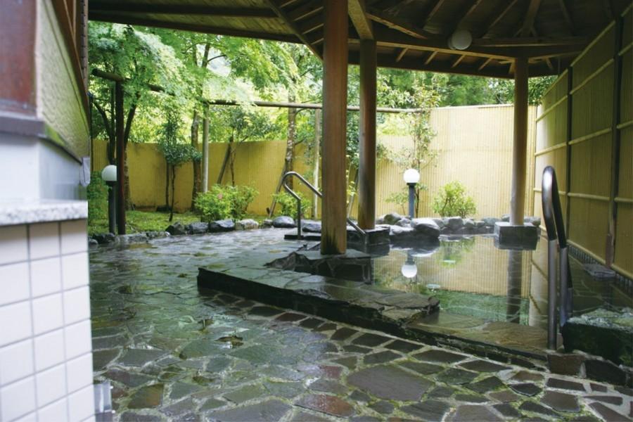 Les Sources chaudes de Nakagawa