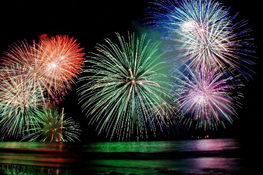เทศกาลดอกไม้ไฟกลางน้ำยูกาวาระออนเซน - 2