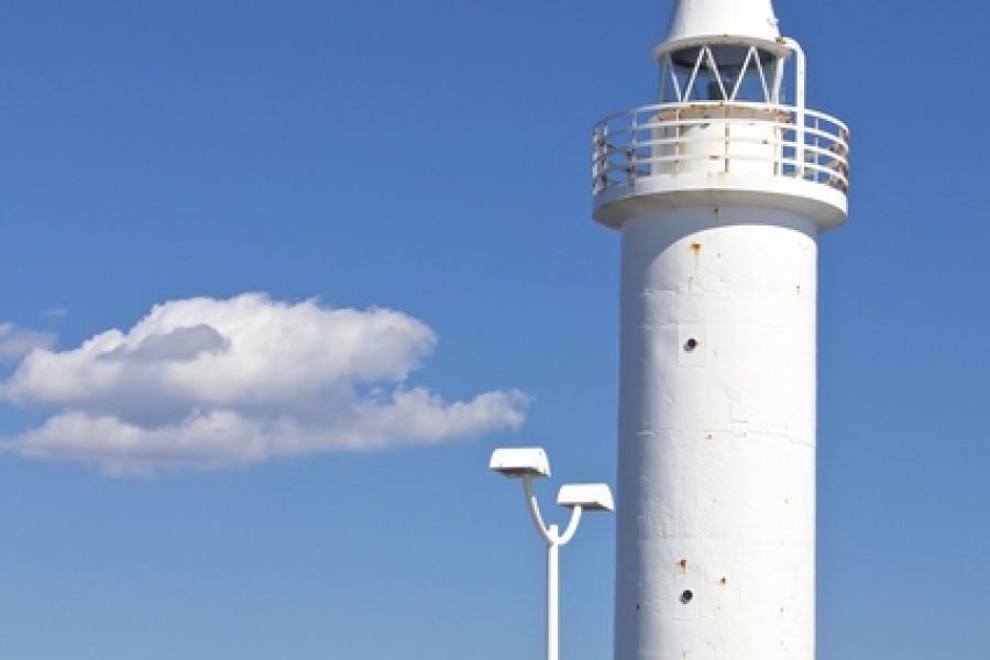 Shonan Port Lighthouse - 1