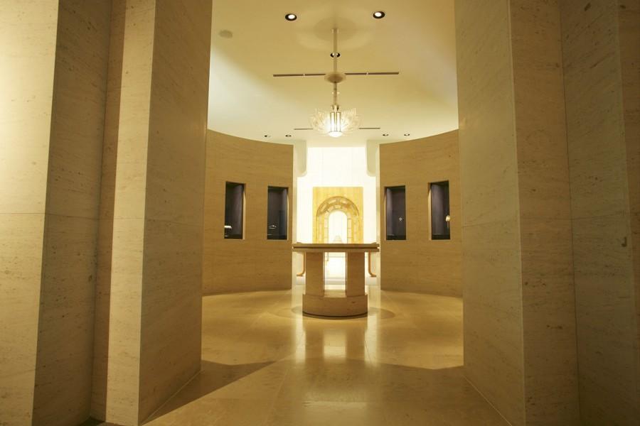 LALIQUE MUSEUM, HAKONE - 2