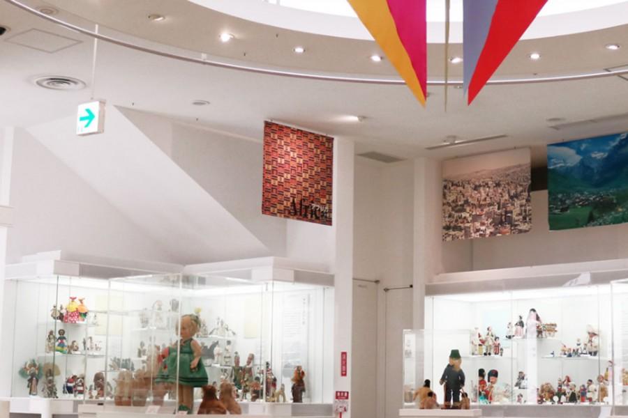 พิพิธภัณฑ์ตุ๊กตาโยโกฮะมะ  - 1